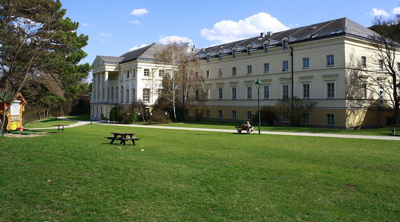 Seniorenzentrum Schloss Liechtenstein